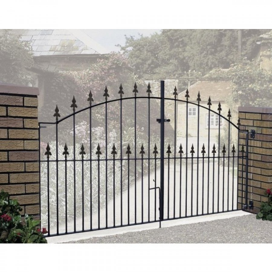 Gaelic Safety Fleur-De-Lys Spear Top Arched Double Driveway Gate